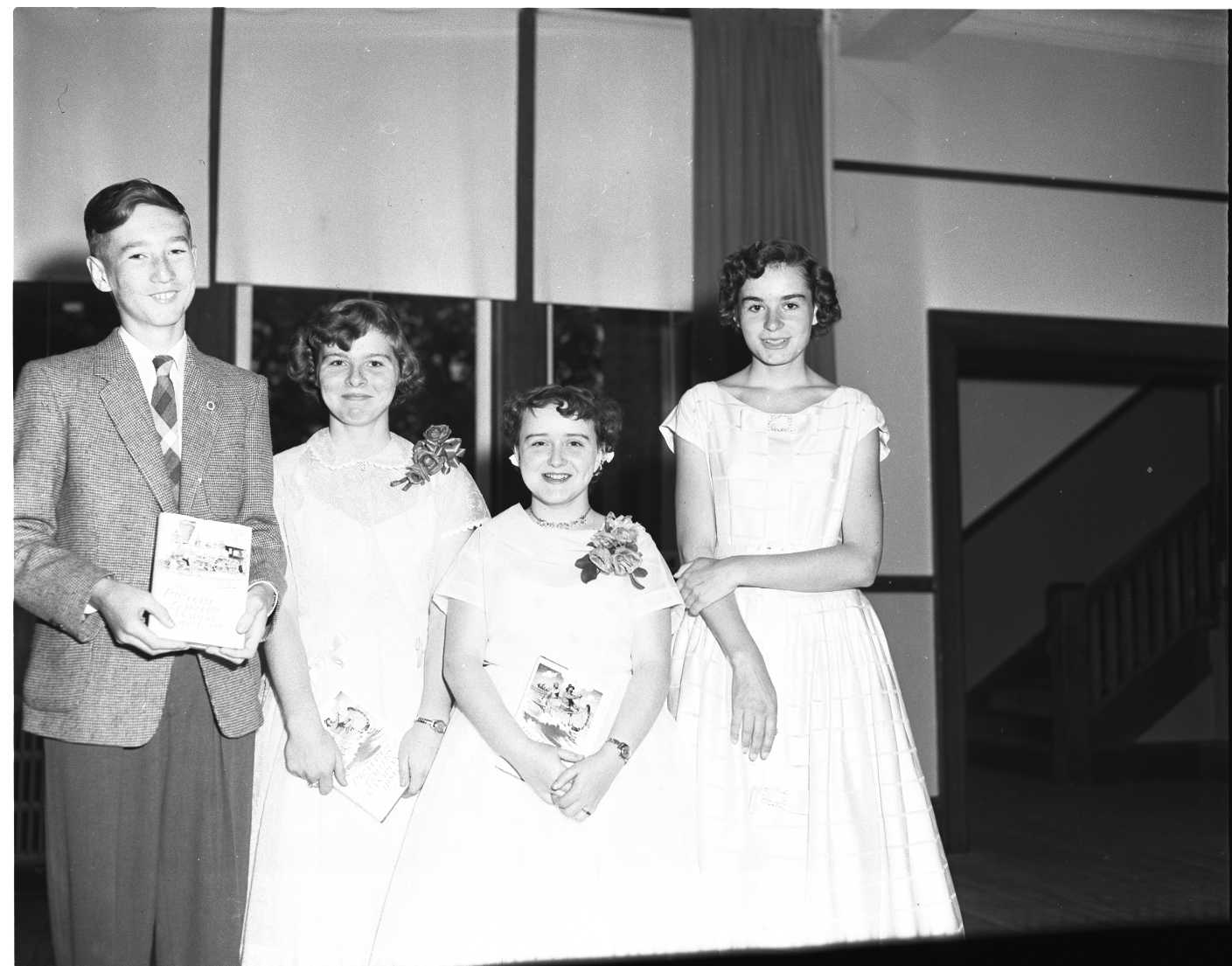Jacques schell photographe synthesis of all pictures from www - Four Winners Of Awards For Proficiency In Social Studies Are Pictured At Public School Graduation Ceremonies At Parkview School They Are Winston Schell
